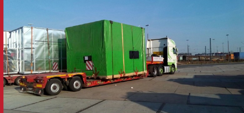 Project Cargo A Truck Suited For Special Transport From The Port Of Hamburg